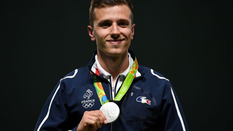 Jean Quiquampoix, médaille d'argent du tir au pistolet vitesse 25 mètres (PASCAL GUYOT / AFP)