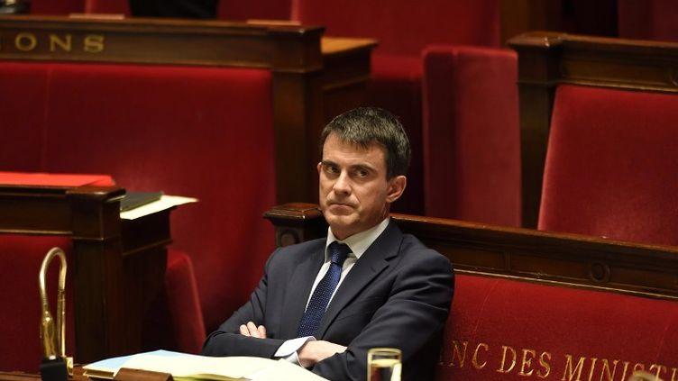 Le Premier ministre, Manuel Valls, dans l'hémicycle de l'Assemblée nationale, à Paris, le 29 avril 2014. (ERIC FEFERBERG / AFP)