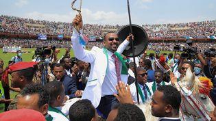 Le Premier ministre éthiopien, Abiy Ahmed, en campagne électorale à Jimma, le 16 juin 2021. (TIKSA NEGERI / REUTERS)