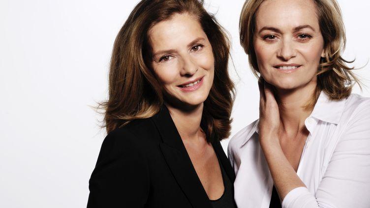 """Guilaine Chenu et Françoise Joly, les présentatrices du magazine de France 2 """"Envoyé spécial""""."""