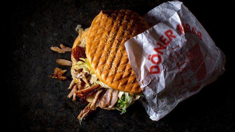 La hausse de la consommation individuelle de viande s'appuie sur une envolée de la consommation hors domicile, notamment pour la restauration à emporter. (MAXPPP)