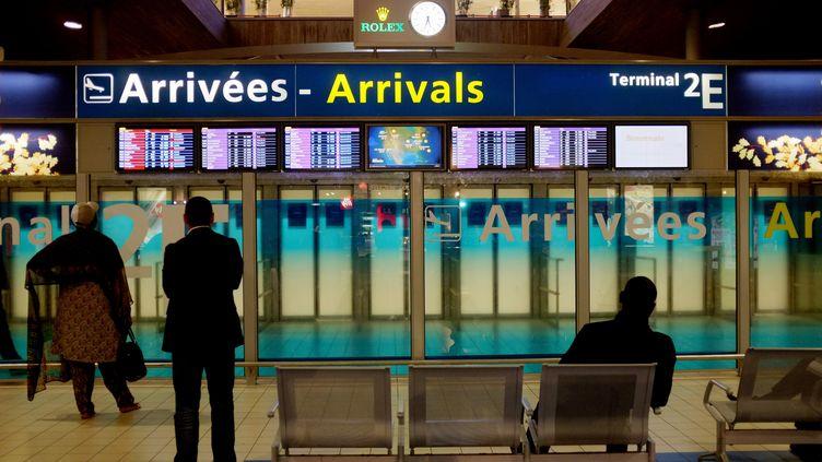Le centre médical d'urgence situé au terminal 2Fde l'aéroport Roissy-Charles-De-Gaulle, est prêt à détecter et recevoir les voyageurs potentiellement contaminés. (AFP)