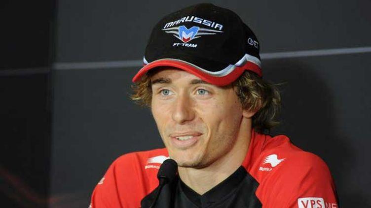 Charles Pic dans sa nouvelle combinaison de pilote officiel Marussia