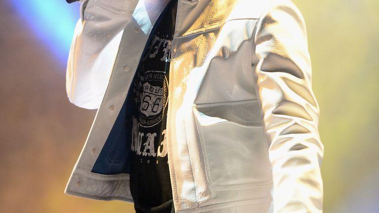Le chanteur R. Kelly, le 15 juin 2013 à Manchester (Royaume-Uni). (JASON MERRITT / GETTY IMAGES NORTH AMERICA / AFP)