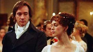"Matthew Mac Fadyen (Darcy) et Keira Knightley (Elizabeth) dans ""Orgueil et Préjugés"" de Joe Wright (2005).  (Mars Distribution)"