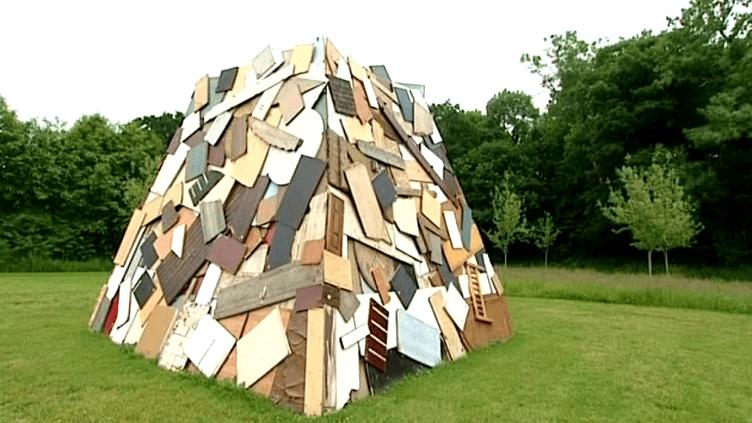Installation du plasticien Simon Augade  (Simon Augade / France 3 / Culturebox)