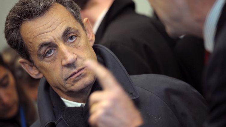 Nicolas Sarkozy, en visite à Carantec (Bretagne) mardi 17 avril 2012. (PHILIPPE WOJAZER / POOL / AFP)