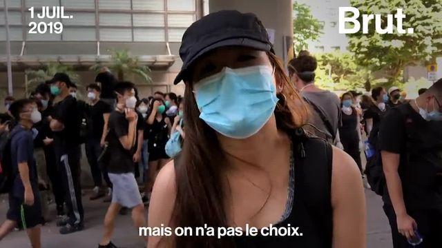 Ce lundi 1er juillet, des militants masqués ont envahi le Parlement hongkongais. Une révolte violente qui s'ajoute aux semaines de manifestations qui ont secoué le territoire.