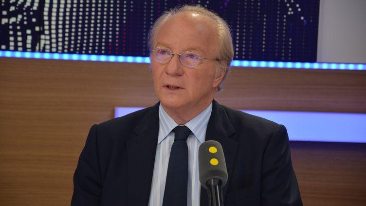 Brice Hortefeux, vice-président LR de la région Auvergne-Rhône-Alpes et député européen. (RADIO FRANCE / JEAN-CHRISTOPHE BOURDILLAT)