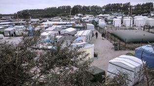 """Une vue de la """"jungle"""" de Calais (Pas-de-Calais), le 7 octobre 2016. (PHILIPPE HUGUEN / AFP)"""