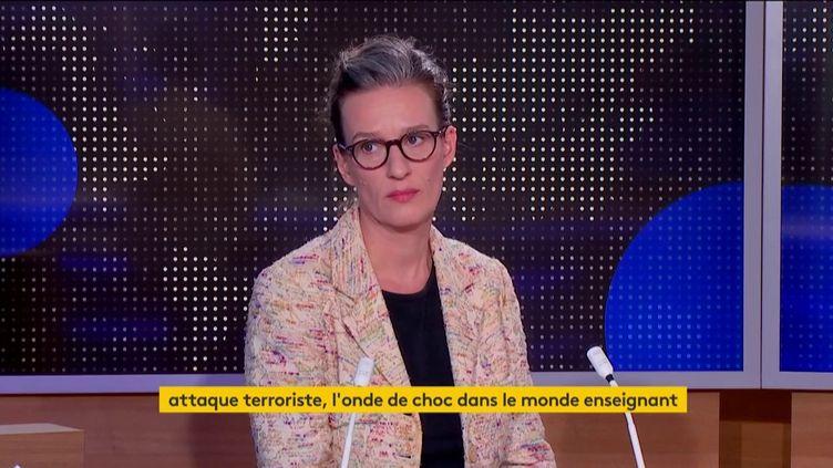 Alixe Rivière (FRANCEINFO)
