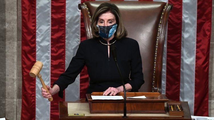 Nancy Pelosi, la présidente démocrate de la Chambre,le 13 janvier 2021, à Washington. (SAUL LOEB / AFP)