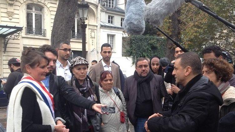(La députée écolo Eva Sas et le militant Mohamed Mechmache © Radio France / Nathalie Bourrus)