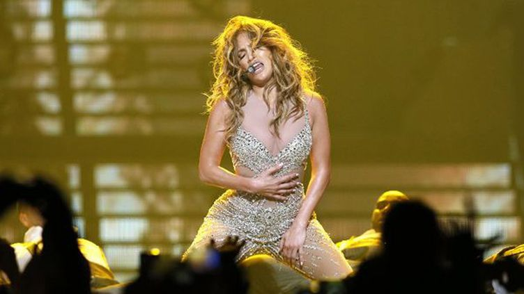 Jennifer Lopez à Bercy le 16 octobre 2012  (Kenzo Tribouillard/AFP)