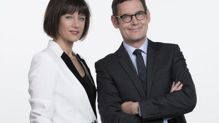 Carole Gaessler et Francis Letellier présentent l'émission spéciale des municipales 2014, diffusée dimanche 30 mars 2014sur France 3. (NATHALIE GUYON - FTV 2014)