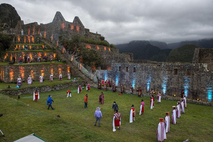 Cérémonie pour la réouverture aux touristes du site du Machu Picchu au Pérou, fermé pendant 8 mois pour cause de Covid-19 (ERNESTO BENAVIDES / AFP)