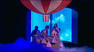 """Voyage en 80 jours dans l'univers fantastique de la comédie musicale """"Jules Verne"""" au Théâtre Edouard VII  (France 3)"""