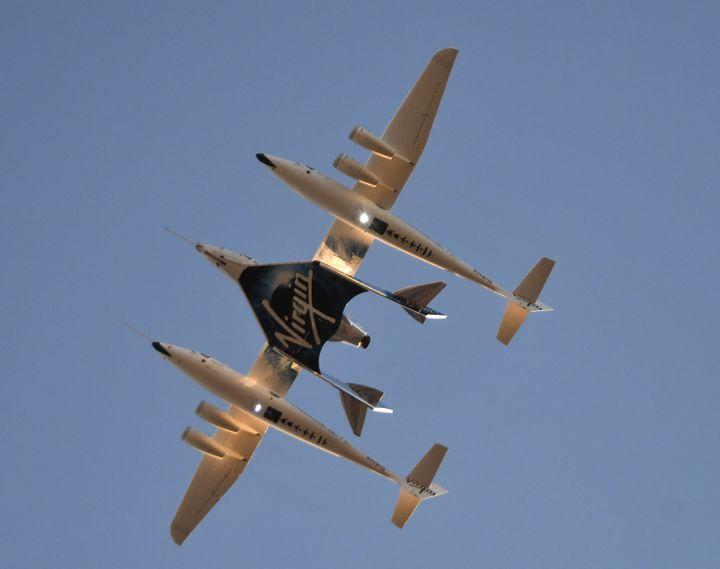 L'appareilSpaceShipTwo, à Mojave, en Californie (Etats-Unis), le 13 décembre 2018. (GENE BLEVINS / AFP)
