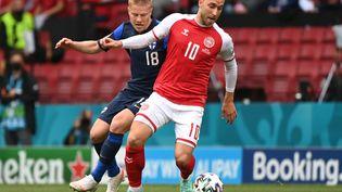 Le Danois Christian Eriksen, victime d'un arrêt cardiaque lors du match Danemark - Finlande, samedi 12 juin, est sorti de l'hôpital suite à son opération, vendredi 18 juin. (JONATHAN NACKSTRAND / POOL)