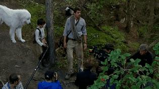 Séquence tournage en Savoie avec Belle, Sébastien (Félix Bossuet ) et Pierre, son papa, nouveau personnage du film (incarné par Thierry Neuvic)  (France 3 Culturebox)