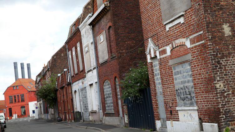 Des maisons abandonnées à Roubaix (Nord), le 29 juillet 2015. (CITIZENSIDE/THIERRY THOREL /)