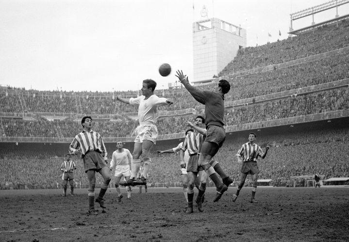 Le joueur du Real Madrid, Raymond Kopa