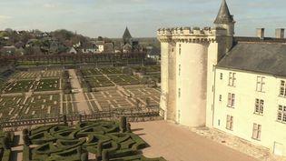 Indre-et-Loire : au château de Villandry, les jardins se préparent au retour des touristes (FRANCE 3)