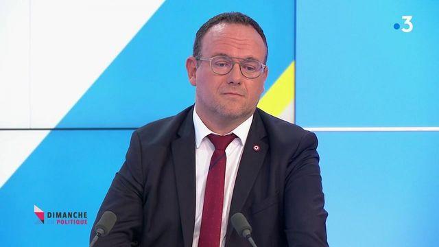 """Crise des sous-marins : Damien Abad demande à ce qu'on """"apporte des réponses aux Français"""""""
