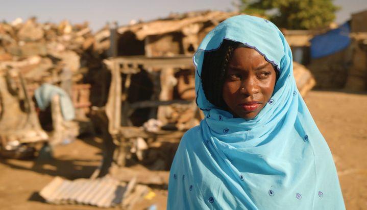 """Rihane Khalil Alio dans""""Lingui, les liens sacrés"""" deMahamat-Saleh Haroun (2021). (PILI FILMS : MATHIEU GIOCOMBINI)"""
