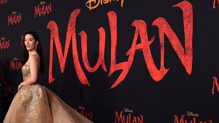 """Liu Yifei, actrice principale du film """"Mulan"""" disponible à la location en septembre sur la plateforme Disney+. (FREDERIC J. BROWN / AFP)"""
