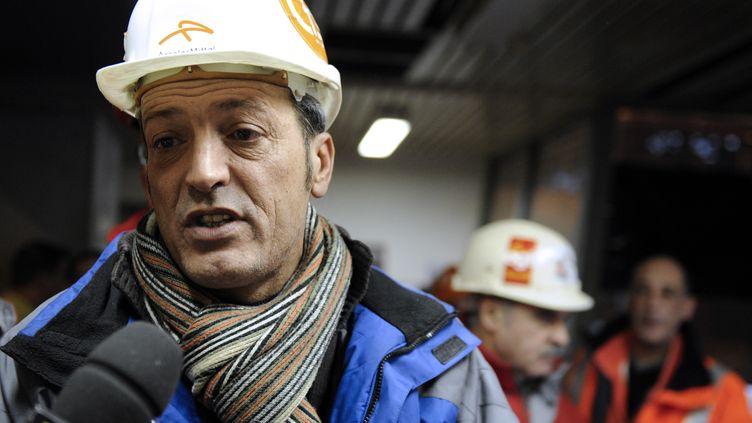Edouard Martin, leader de la CFDT du site ArcelorMittal de Florange (Moselle), le 9 janvier 2013. (JEAN-CHRISTOPHE VERHAEGEN / AFP)