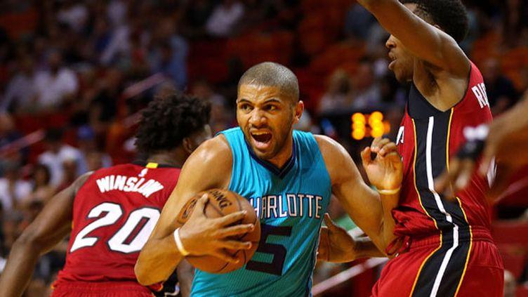 Le joueur des Charlotte Hornets Nicolas Batum contre Miami