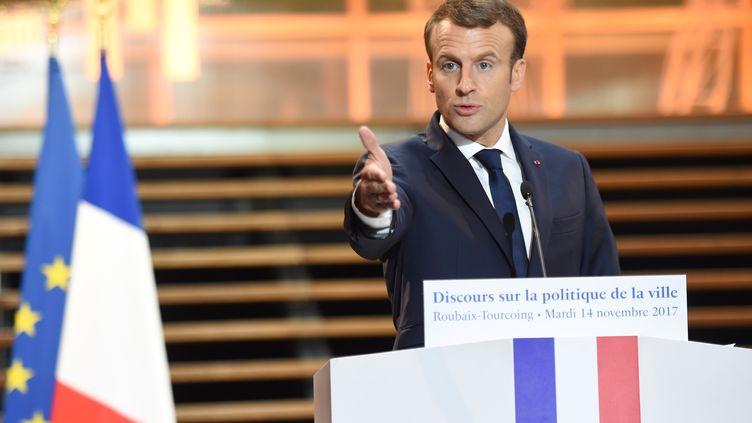 Le président de la République, Emmanuel Macron, lors d'un discours sur la politique de la ville, le 14 novembre 2017 à Tourcoing (Nord). (FRANCOIS LO PRESTI / AFP)