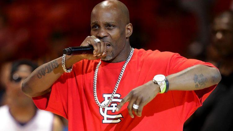 Le rappeur DMX se produit lors de la cinquième semaine de la ligue de basket BIG3 à Chicago, dans l'Illinois, le23 juillet 2017. (STREETER LECKA / GETTY IMAGES NORTH AMERICA / AFP)