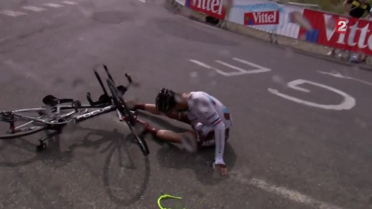 Le coureur Jean-Christophe Péraud (AG2R) a vécu une journée noire avant d'abandonner
