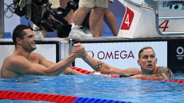 Florent Manaudou termine 2e de sa série en 50 m nage libre derrière Caeleb Dressel.En demi-finale, le champion olympique de Londres sera rejoint pas un autre français, Maxime Grousset, auteur du 15e temps.