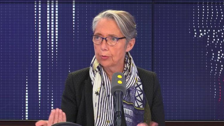 """La ministre a toutefois laissé la porte ouverte à des """"réorganisations"""" du groupe. (FRANCEINFO / RADIO FRANCE)"""