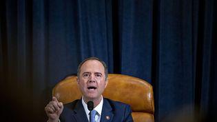 Le chefde la commission du Renseignement à la Chambre des représentants, Adam Schiff, le 21 novembre 2019 au Congrès américain, à Washington (Etats-Unis). (ANDREW HARRER / AFP)