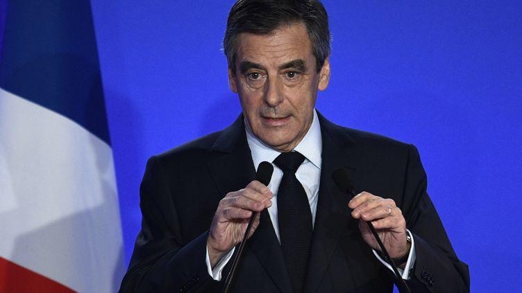 François Fillon, lors d'une conférence de presse, à Paris, le 6 février 2017. (MARTIN BUREAU / AFP)