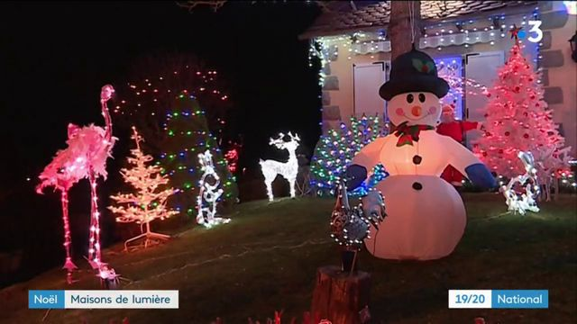 Noël : des maisons de lumières devenues de véritables attractions
