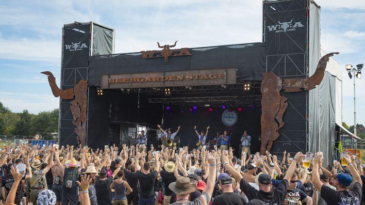 Des fans assistent au Wacken Open Festival, le 1er août 2018, en Allemagne. (ANDRE HAVERGO/GEISLER-FOTOPRESS / AFP)