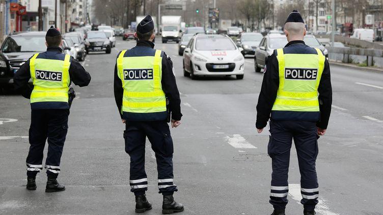Les automobilistes parisiens sont appelés , mercredi 7 décembre, à faire un effort avec une nouvelle journée de circulation alternée.  (MAXPPP)