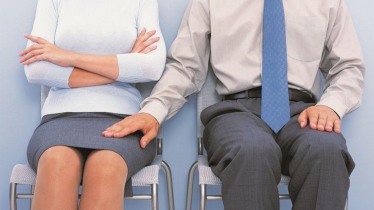 Après les sénateurs, les députés examineront le projet de loi sur le harcèlement sexuel à partir du 24 juillet 2012. (MAX OPPENHEIM / GETTY IMAGES)