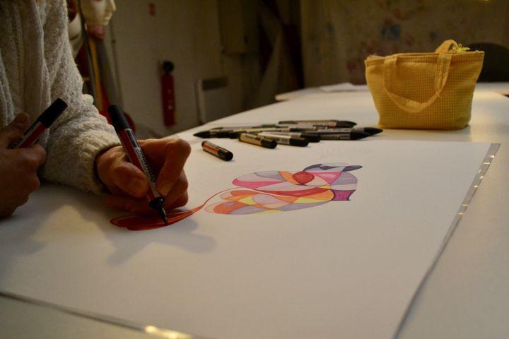 Les femmes peuvent utiliser tous les supports et tous les types d'art. (NOEMIE BONNIN / RADIO FRANCE)