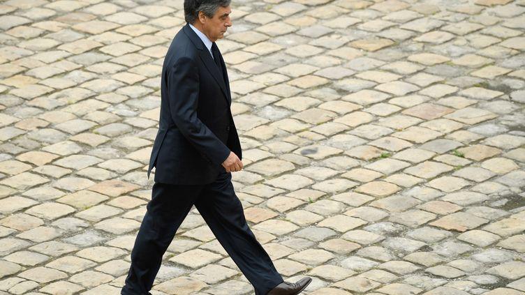 François Fillon dans la cour des Invalides à Paris, le 1er juin 2018. (BERTRAND GUAY / AFP)