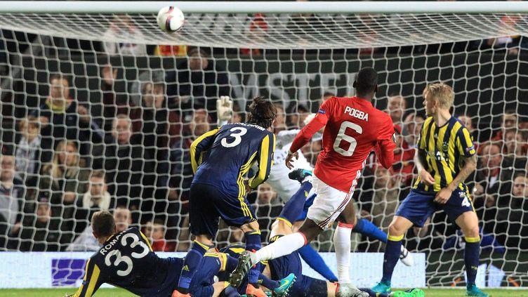 Paul Pogba buteur face à Fenerbahçe (LINDSEY PARNABY / ANADOLU AGENCY)