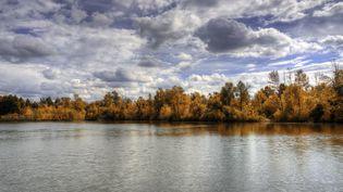 Sur les bords du lac Loafers, le 7 octobre 2014, à Brampton, dans l'Ontario (Canada). (BOB KELLY / FLICKR)