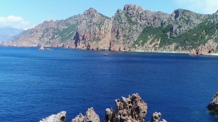 Les calanques de Piana (Corse-du-Sud). (FRANCE 2)