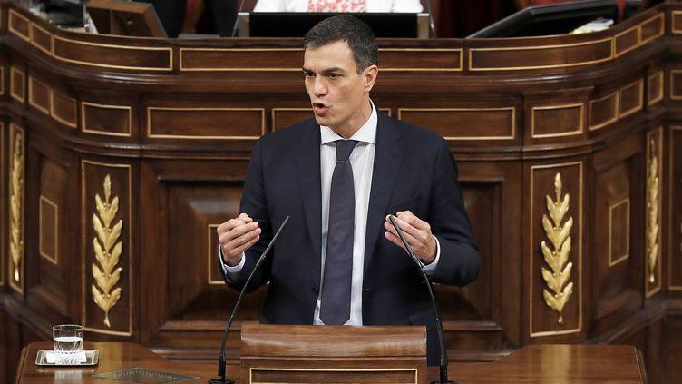 Le leader du Parti socialiste espagnol, Pedro Sanchez, lors de son discours devant le Parlement espagnol le 1er juin 2018. (EMILIO NARANJO / POOL)