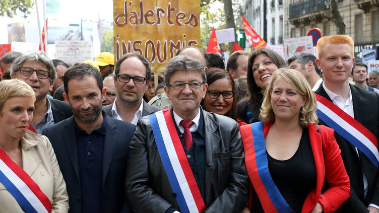 Clémentine Autain, Benoît Hamonet Jean-Luc Mélenchon le 23 septembre 2017 lors de la manifestation de La France Insoumise à Paris. (MAXPPP)